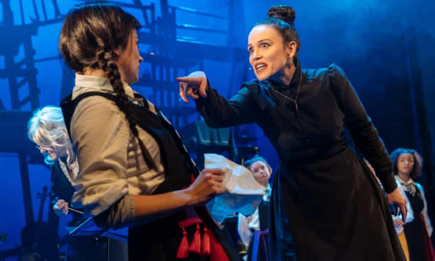 Danielle Bird as Mildred and Rachel Heaton as Miss Hardbroom in The Worst Witch.