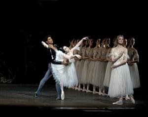 Tamara Rojo and Carlos Acosta in Giselle at the Royal Opera House, 2006.