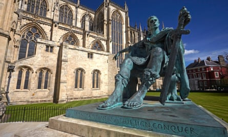 Statue of the emperor Constantine outside York Minster