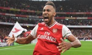 Arsenal's Pierre-Emerick Aubameyang celebrates his late winner.
