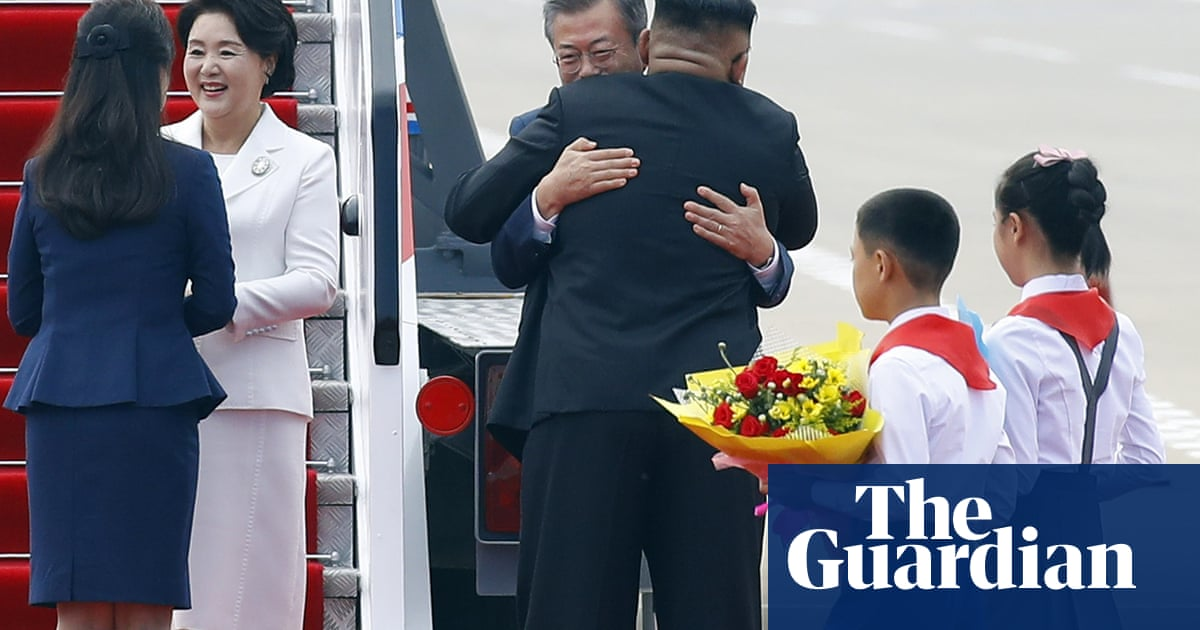'Ashamed': South Koreans chilled by Kim Jong-un's cuddles