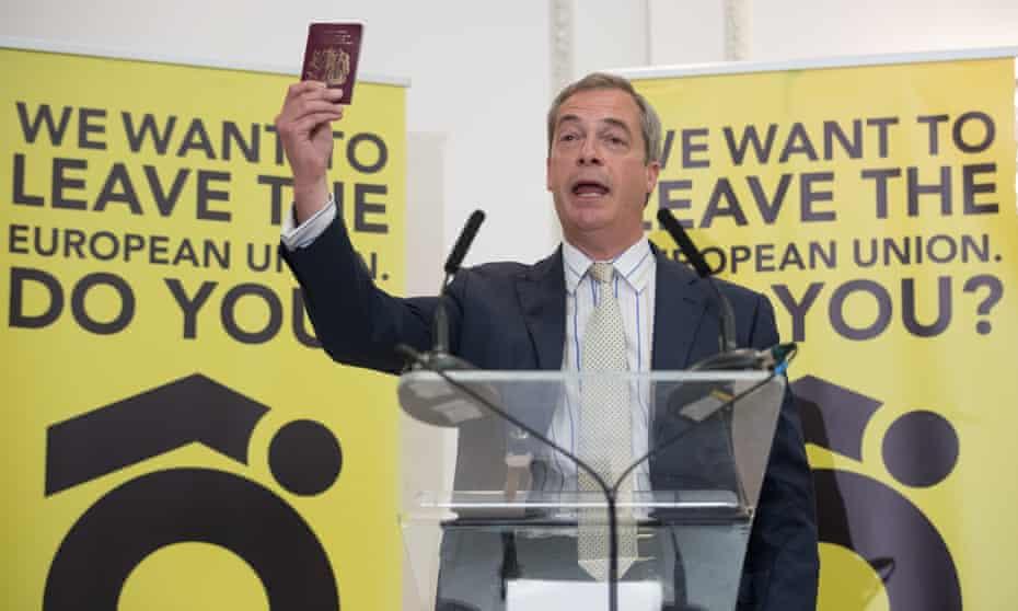 Nigel Farage campaigning for Brexit in Bristol, June 2016
