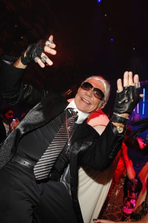 2007 Roberto Cavalli as Karl Lagerfeld