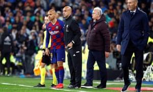 Barcelona's Martin Braithwaite waits to be substituted on.