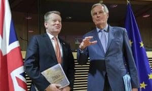 David Frost, left, with the EU's chief Brexit negotiator, Michel Barnier.