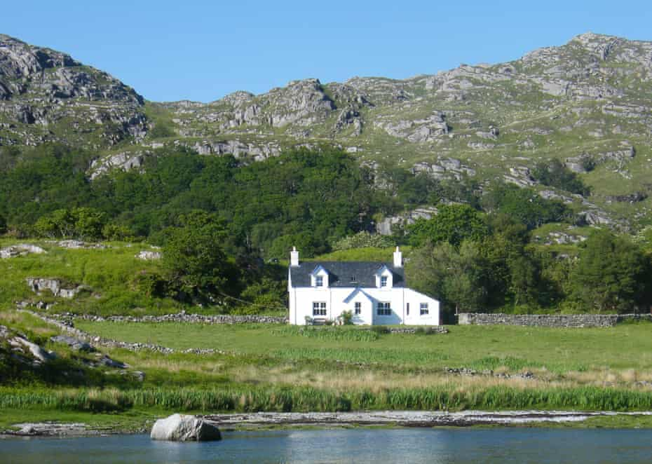 Laggan Ardnish white house on a hill by lake