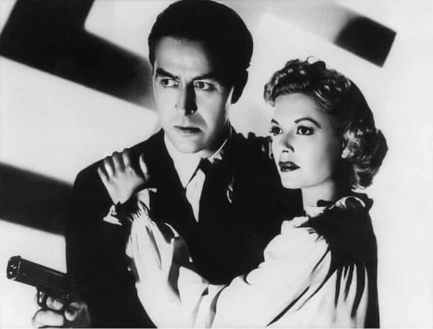 Ray Milland and Marjorie Reynolds in Ministry of Fear