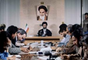Hojatoleslam Seyed Ali Khamenei, then president of Iran, at a press interview on 8 November 1982.
