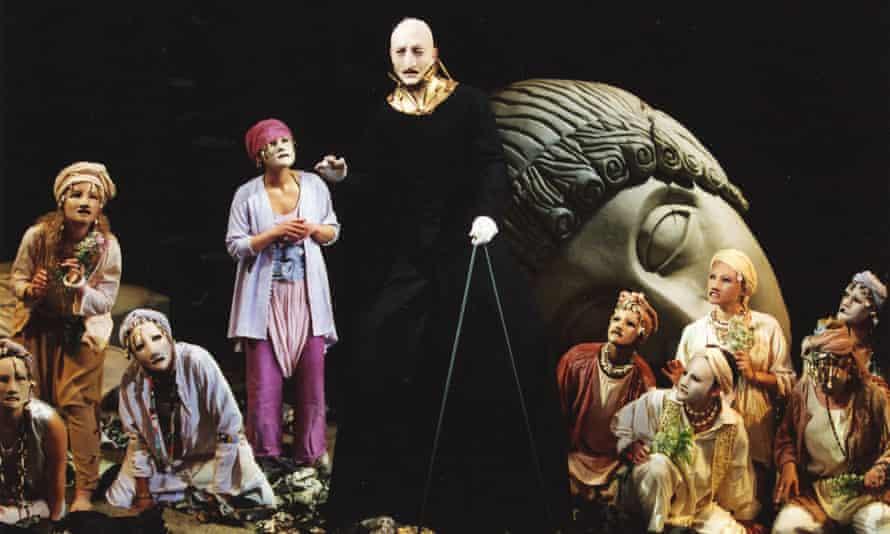 King Priam addresses the Trojan women in John Barton's Tantalus, 2000