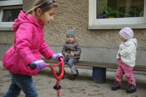 Amnat, Ayshat and Ayna play together
