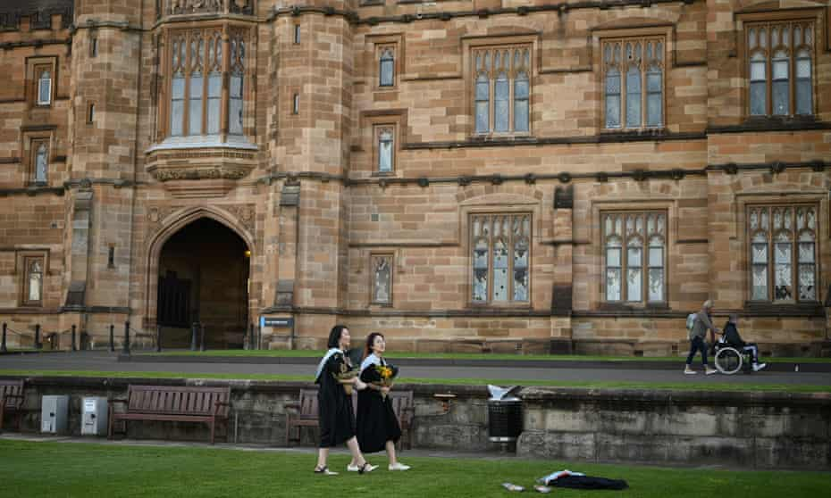 Two Chinese students at Sydney university