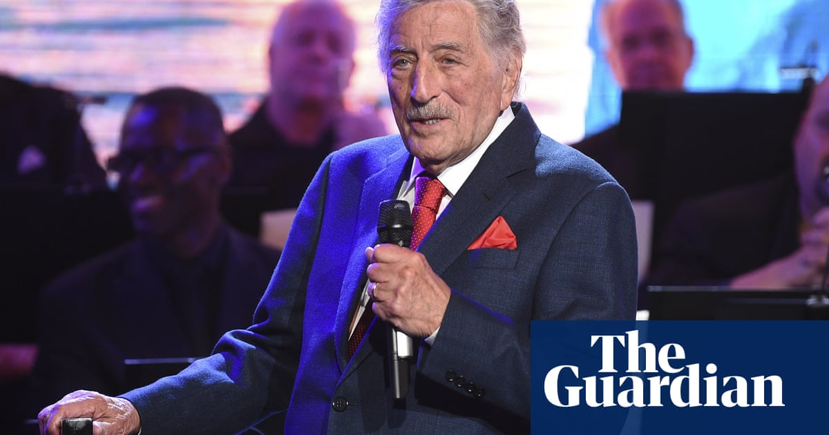 Tony Bennett, 95, retires from live shows on doctors' orders