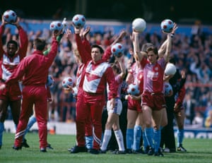 Graham Taylor joins his players as they acknowledge the supporters before the final home game of the season in May 1988