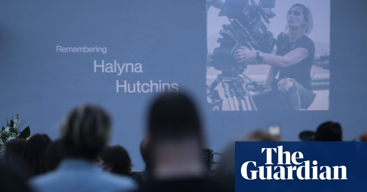 Halyna Hutchins mourned amid anger at Hollywood 'cutting corners' on sets
