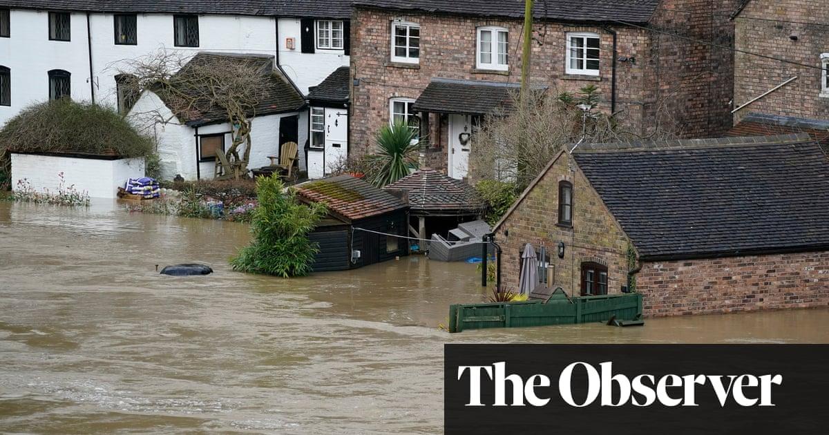 Britain still failing on climate crisis, warn advisers