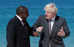 Boris Johnson welcoming Cyril Ramaphosa to the summit yesterday.