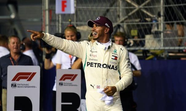 Lewis Hamilton smashes track record to take Singapore F1 GP pole