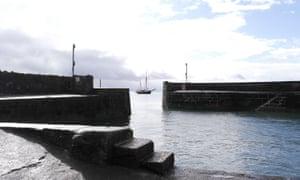 The Bessie Ellen off Charlestown harbour.
