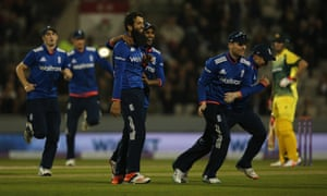 Ali congratulated by Rashid on the wicket of Bailey.