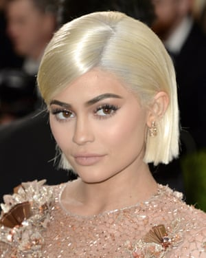 Snap lost $1.3bn drop in market value after Kylie Jenner tweeted she was no longer using the app.