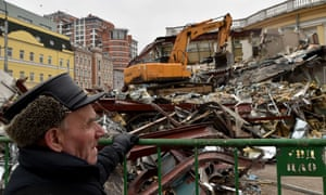 Russian authorities ordered the demolition of street kiosks built without permits in Moscow, according to City Hall.