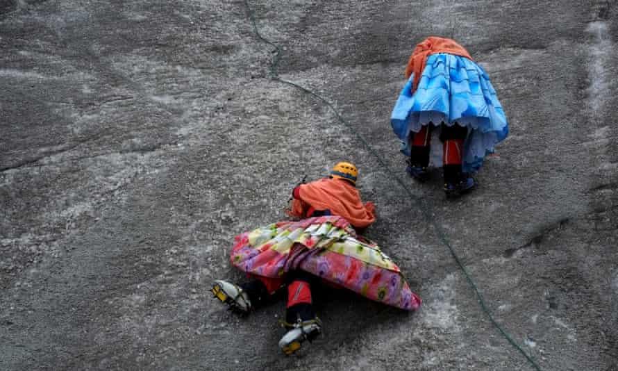 bolivia cholita climbers