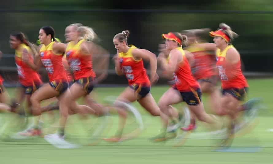 Gold Coast Suns AFLW players train