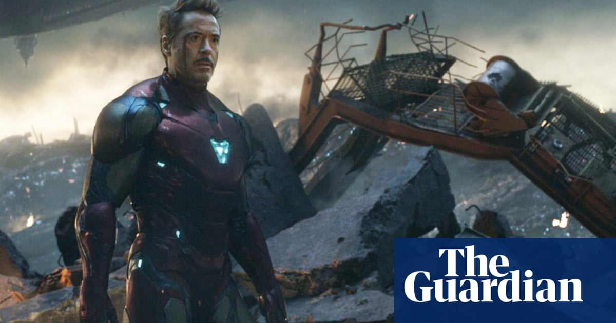 Bringing back Robert Downey Jrs Iron Man for the Black Widow movie is cheating