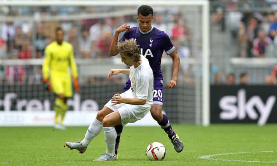 Dele Alli showed his confidence and ability with this nutmeg on Luka Modric during Tottenham's pre-season match against Real Madrid.
