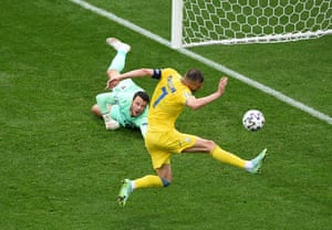 Ukraine's Andriy Yarmolenko can't reach the ball to tuck it home.