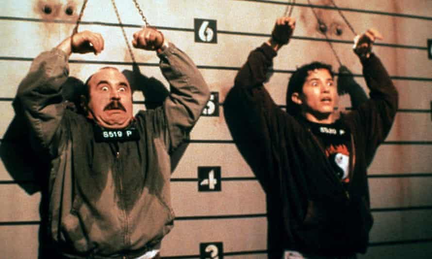 Bob Hoskins and John Leguizamo both distanced themselves from the movie after its critical mauling
