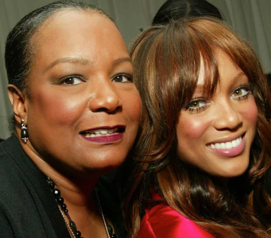 Tyra Banks with her Mother backstage before the Victoria's Secret Fashion Show 2002