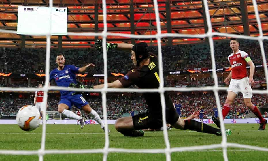Eden Hazard scores his second, and Chelsea's fourth, to seal success in Baku.