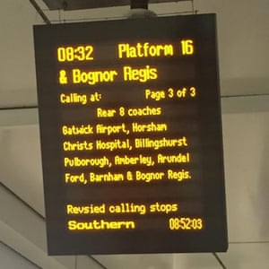 A Southern Trains departure delayed this morning at Victoria station