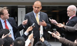 Michael Woodford, former chief executive of Olympus, talking to reporters in 2012.