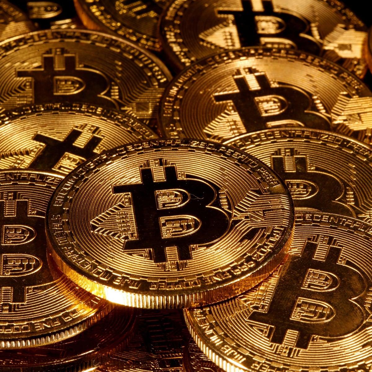 bitcoin dollár kurva)