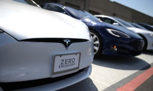 Tesla drivers claim Model S distance record of 670 miles on