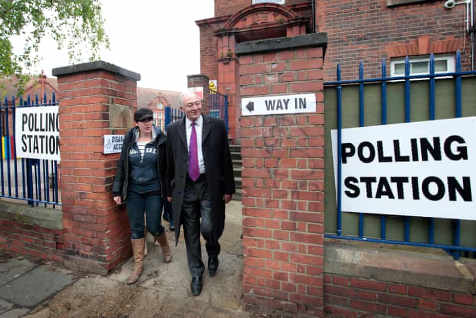 With his wife, Emma Beal,  after casting his vote in the London mayoral and local elections, May 2012.