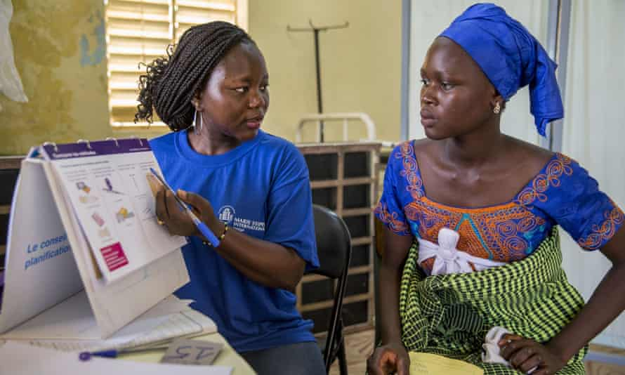 A mobile clinical outreach team in Senegal from Marie Stopes International, one of the organisations the Netherlands aims to continue funding through an international effort.