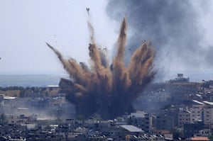 Israel-Gaza violence intensifies – in pictures | World news | The Guardian