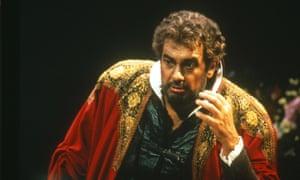 Plácido Domingo as Otello.