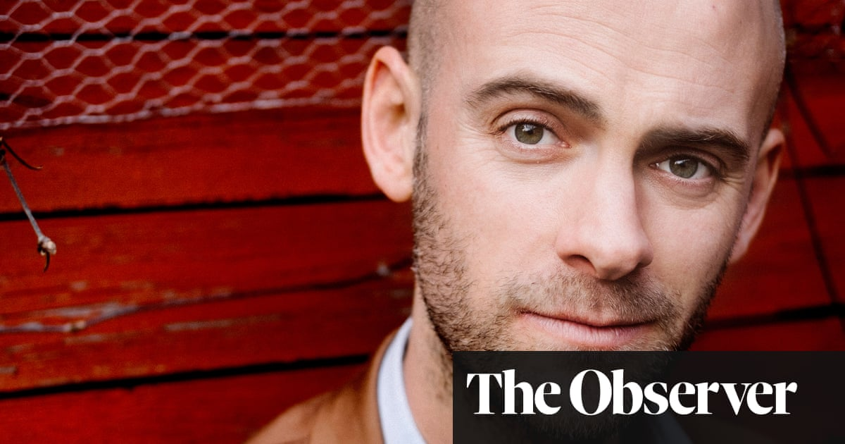 Summer Brother by Jaap Robben review – empathic portrait of a dysfunctional family