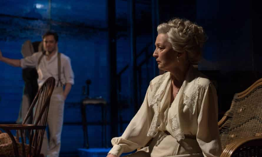 Hadley Fraser, left, and Lesley Manville in Long Day's Journey Into Night.