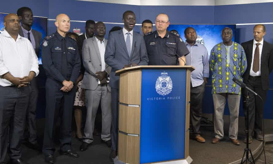 African Australian community leader Kot Monoah and Victoria's police commissioner Graham Ashton announce the establishment of a taskforce to help tackle youth crime in Melbourne.