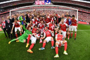 The Arsenal squad celebrate