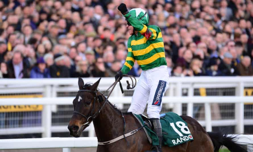 Barry Geraghty acknowledges the crowd aboard Saint Roi after their County Hurdle win at the last Cheltenham Festival.
