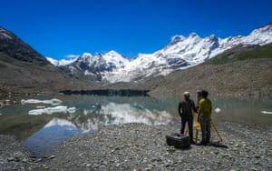 The Gepang Gath glacier and its proglacial lake are situated at an altitude of 14,000 feet in the Chandra basin, Himachal Pradesh, India. Over the last 40 years, the lake volume has increased by over 20 times due to melting and calving glacier fragments. This lake is a potential candidate for a glacial lake outburst flood event and could threaten several villages downstream and a national highway. Glaciologists regularly monitor changes to the glacier and lake that occur due to increasing temperatures.