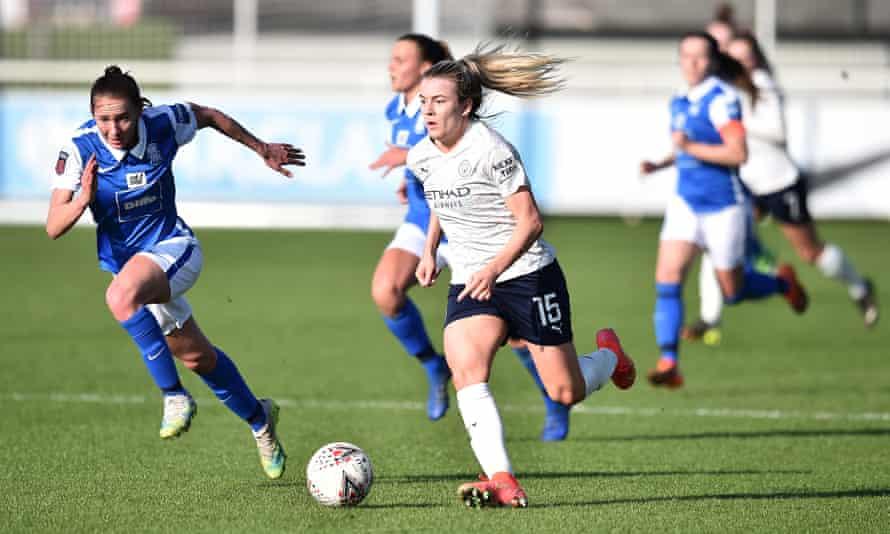 Lauren Hemp continued her impressive form for Manchester City.