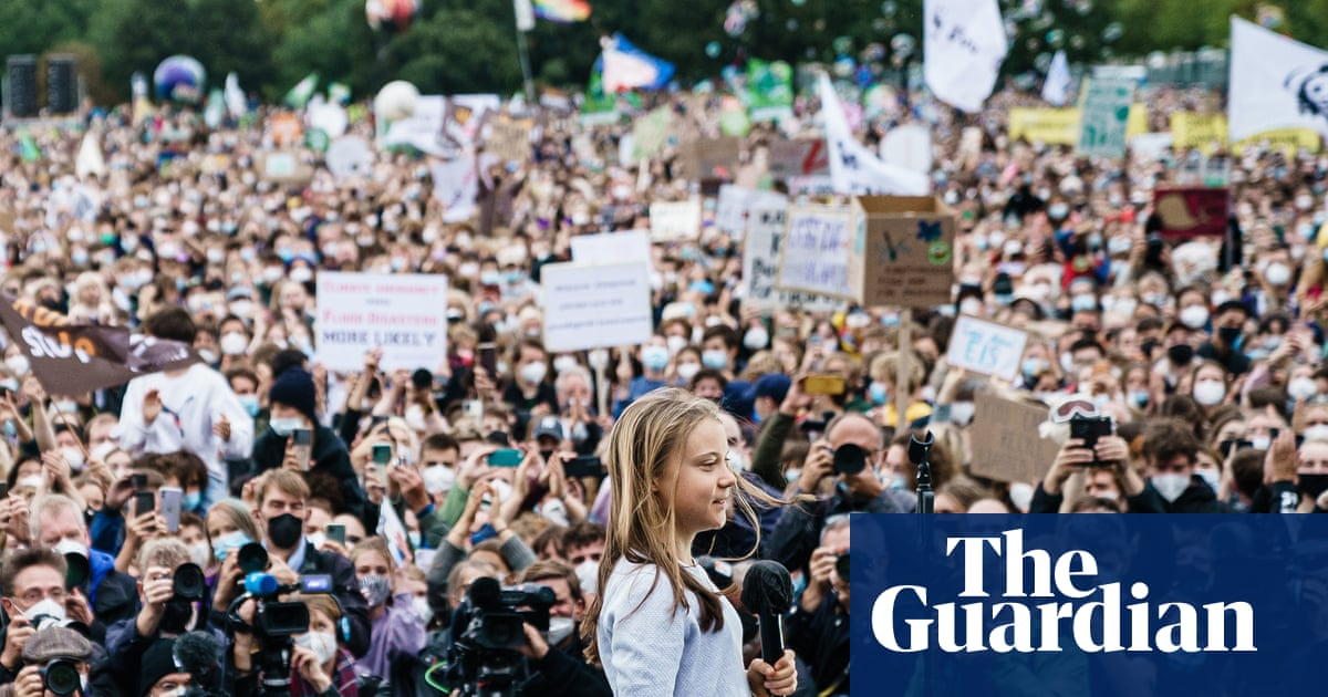 Global climate strike: thousands join coordinated action across world