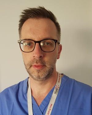 Dr Ross Davenport